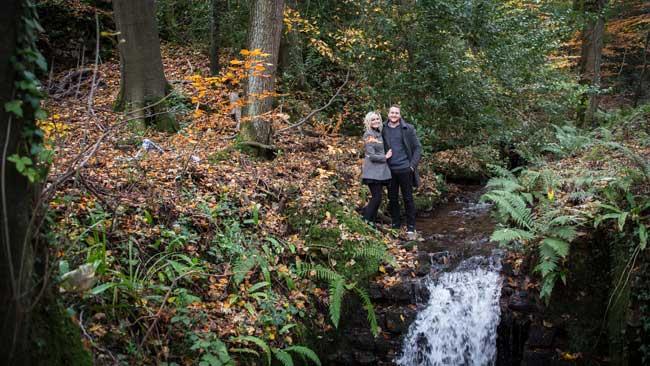 see-wedding-ideas-editor-jade-at-her-enchanting-engagement-shoot-Jade&Dan-38