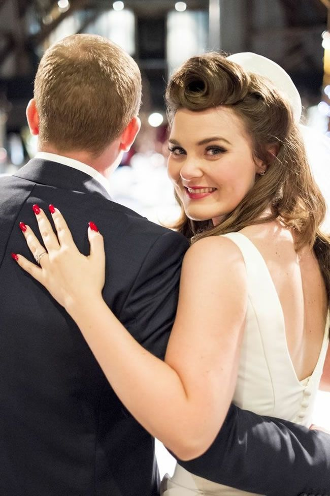 tips-and-tricks-for-getting-the-perfect-winter-wedding-hair-mayphotography.co.uk