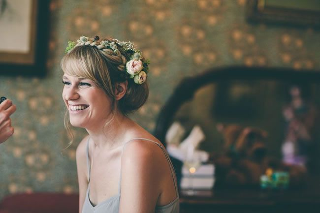 tips-and-tricks-for-getting-the-perfect-winter-wedding-hair-weheartpictures.com