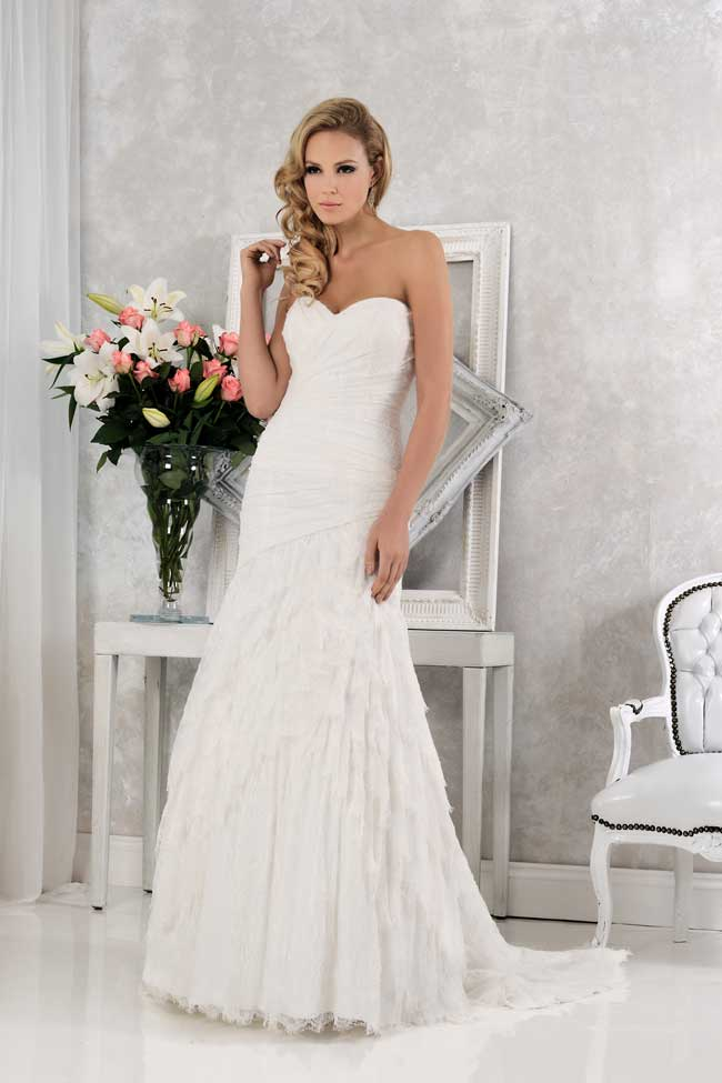 veromias-new-collection-perfect-dress-every-figure-VR61360