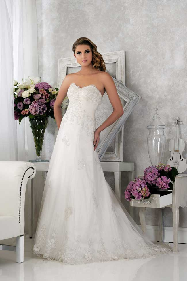 veromias-new-collection-perfect-dress-every-figure-VR61364-1