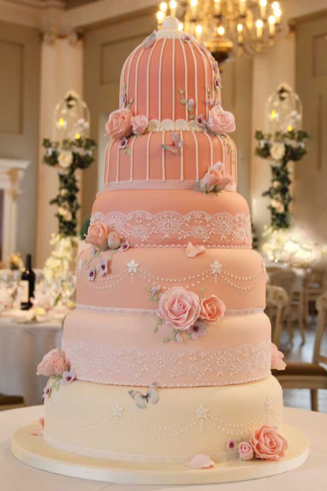 wedding-themes-and-colours-for-the-new-year-Birdcage-wedding-cake-1200---Sweetness-Cake-Boutique---www.sweetnessonline.co.uk
