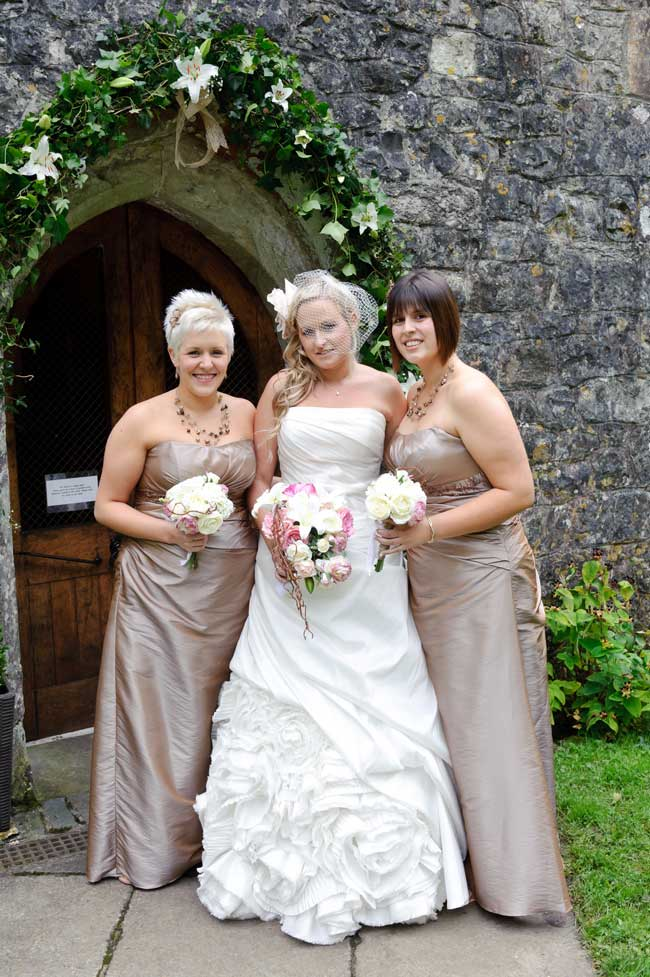 Would you have artificial wedding flowers these real brides did would you have artificial wedding flowers these real mightylinksfo
