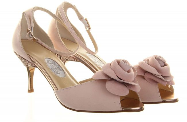 10-pretty-and-practical-mid-heel-height-wedding-shoes-Diane-Hassall-Sugar-Plum