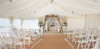 12-hot-new-wedding-venues-for-2014-Fiona-Moorey