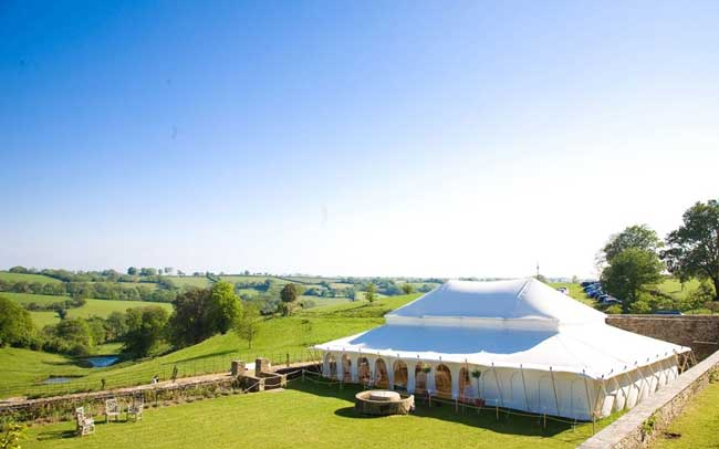 12-hot-new-wedding-venues-for-2014-Shilstone2