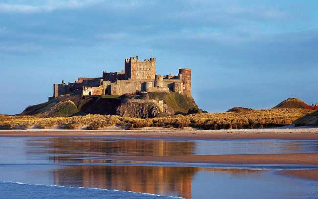 12-hot-new-wedding-venues-for-2014-bamburghcastle1