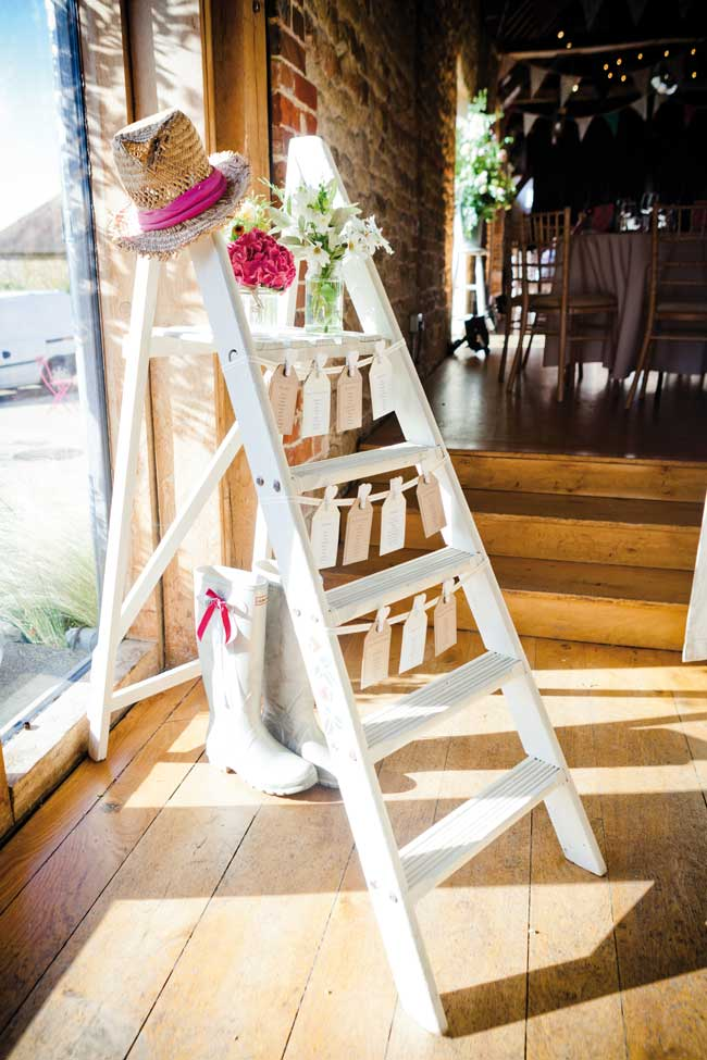 20-must-see-wedding-reception-details-from-real-brides-6-sarahleggephotography.co.uk-
