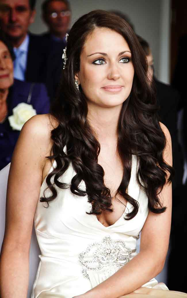 21-of-the-hottest-bridal-hairstyles-for-2014-www.cherryredstudios.co.uk