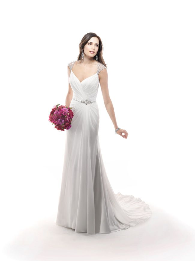 7-glamorous-wedding-dresses-that-your-new-husband-will-love-Bryce-4MC897_Front