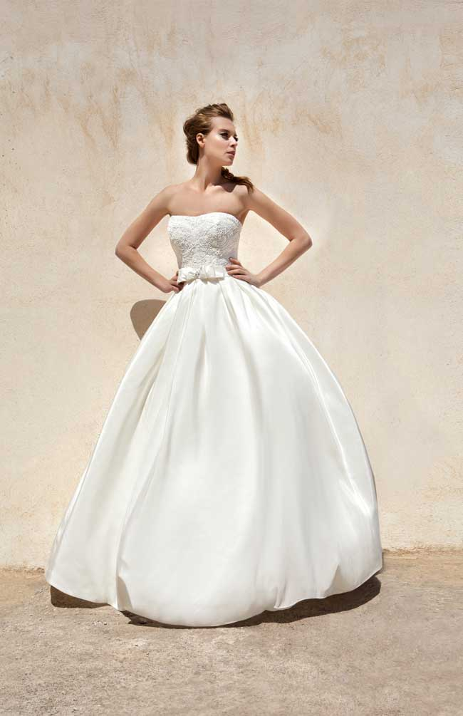 bridal-designer-mark-lesley-reveals-his-wedding-dress-trends-for-2014-Grace-Front