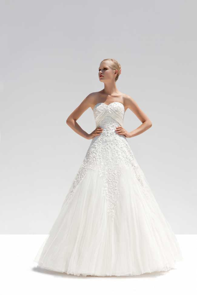 bridal-designer-mark-lesley-reveals-his-wedding-dress-trends-for-2014-MLB-2080SA