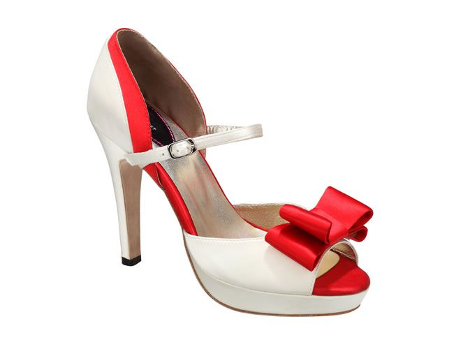 design-the-wedding-shoes-of-your-dream-with-upper-street-3