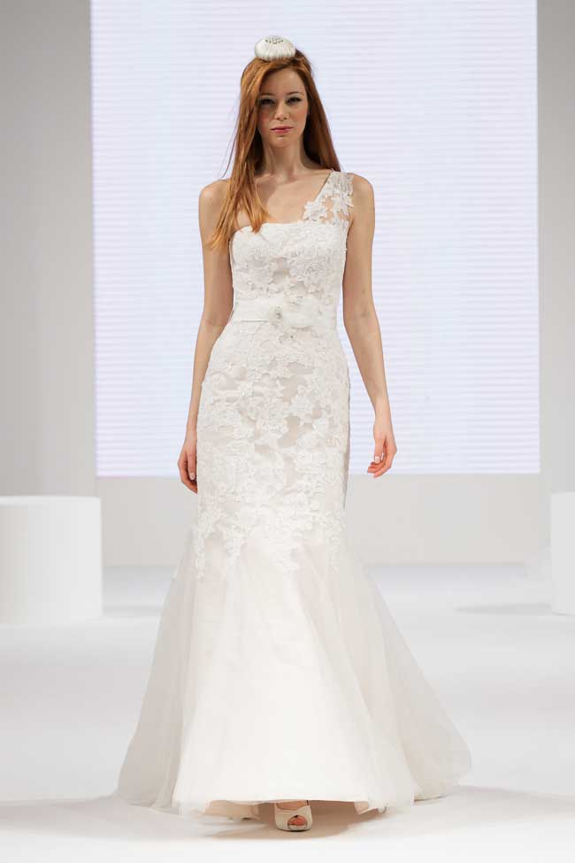 find-your-dream-wedding-dress-at-the-national-wedding-show-Beautiful-by-Enzoni
