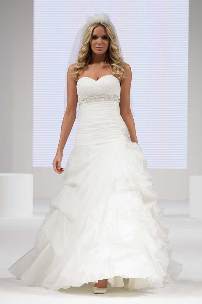 find-your-dream-wedding-dress-at-the-national-wedding-show-Berketex-1