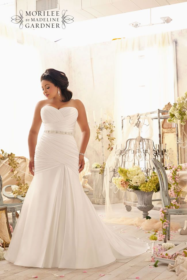 flatter-your-curves-with-the-gorgeous-new-mori-lee-julietta-collection-3154-027