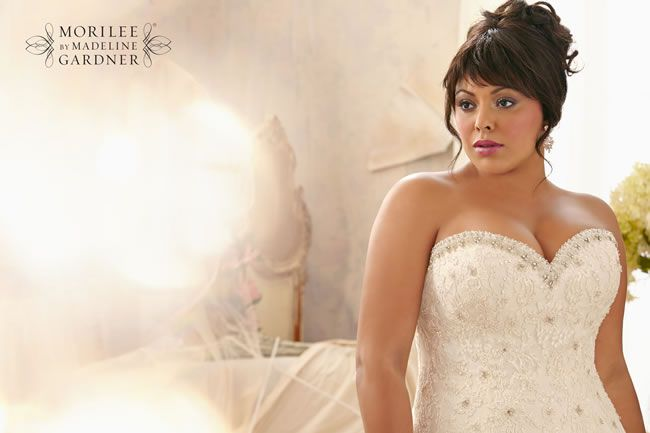 flatter-your-curves-with-the-gorgeous-new-mori-lee-julietta-collection-3158-060