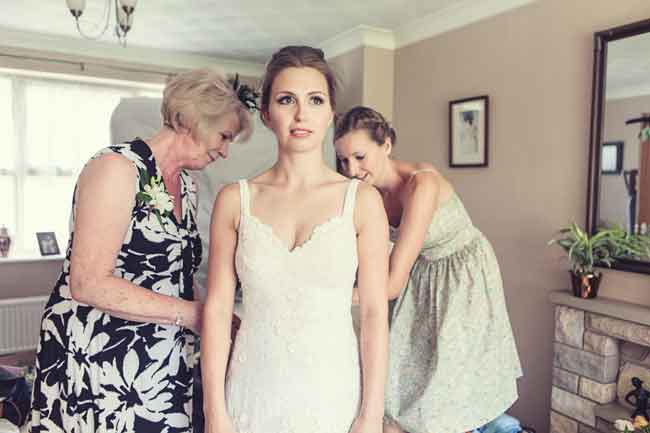 how-to-make-your-wedding-dress-even-more-you-Abi-emmalucyphotography.com