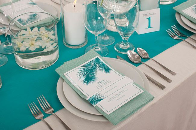 luxury-honeymoon-providers-sandals-win-at-wedding-ideas-awards-sandals-glass-table-display