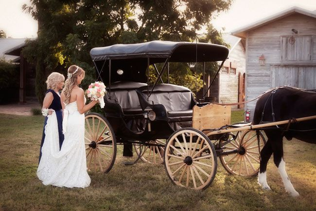 see-this-stunning-rustic-american-wedding-with-vintage-touches-IlluminatedDesignPhotography.com-10