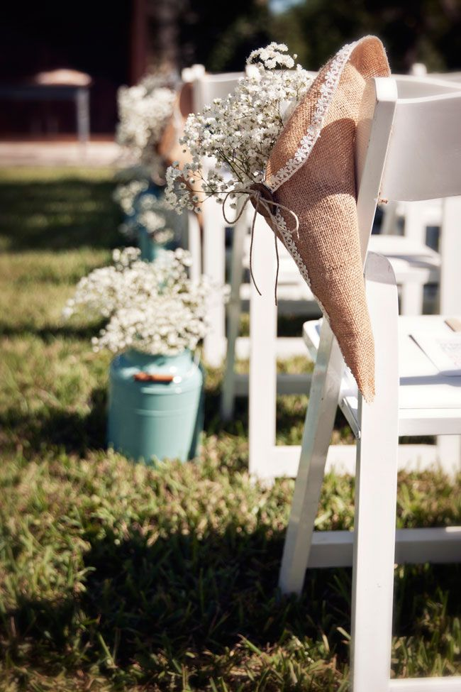see-this-stunning-rustic-american-wedding-with-vintage-touches-IlluminatedDesignPhotography.com-4