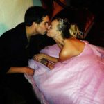 the-big-bang-theorys-kaley-cuoco-marries-in-pink-wedding-dress-1