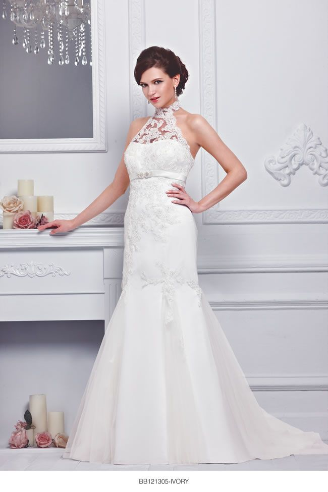 the-new-bellice-collection-is-perfect-for-contemporary-confident-brides-BB121305-1