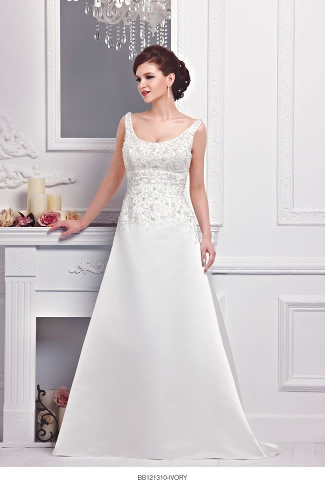 the-new-bellice-collection-is-perfect-for-contemporary-confident-brides-BB121310-1