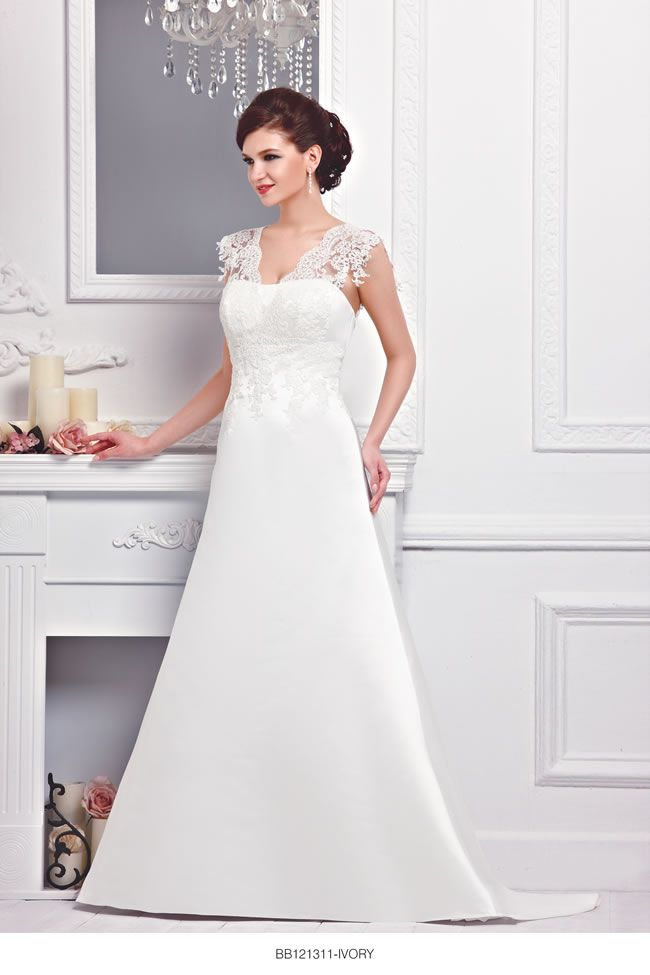 the-new-bellice-collection-is-perfect-for-contemporary-confident-brides-BB121311-1