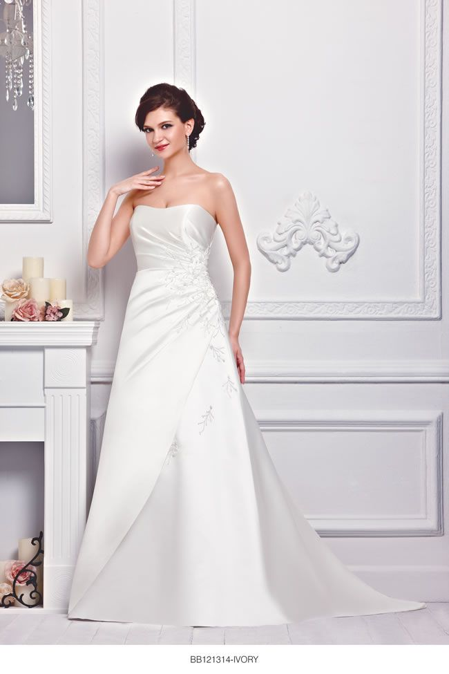 the-new-bellice-collection-is-perfect-for-contemporary-confident-brides-BB121314-2