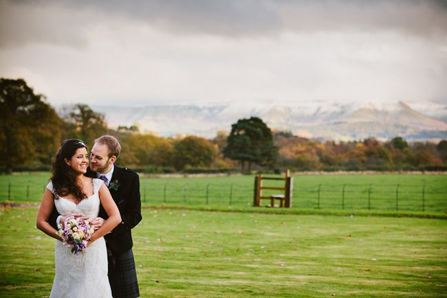 want-a-wedding-venue-with-the-wow-factor-llangoed-hall-has-it-all-oliverjonesphoto