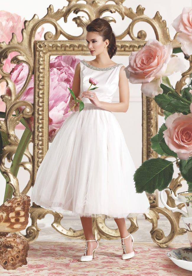 win-wedding-accessories-elegant-steps-comp