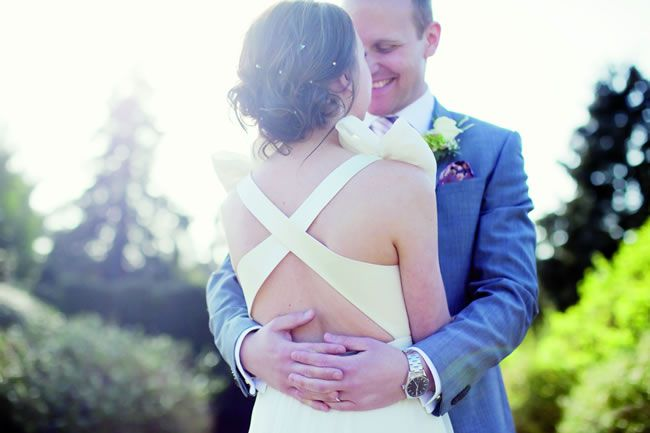 25 of the most romantic wedding photos from our real-life weddings © binkynixon.com