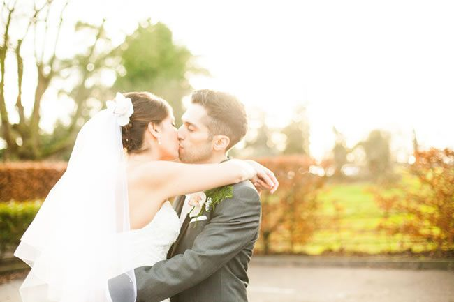 25 of the most romantic wedding photos from our real-life weddings © tatumreid.com