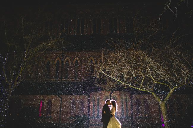 25 of the most romantic wedding photos from our real-life weddings © tobiahtayo.com