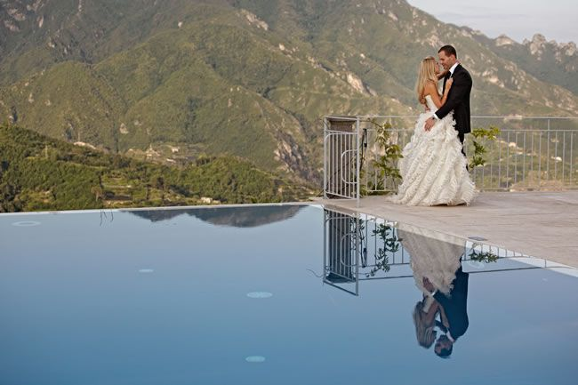 25 of the most romantic wedding photos from our real-life weddings © jules-photographer.com