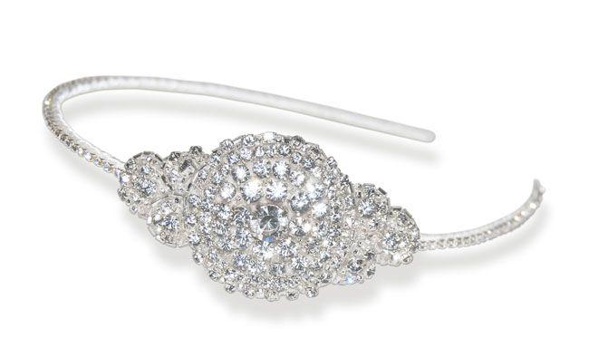 6-elegant-bridal-accessories-for-a-vintage-wedding-theme-Susiewarner.com_Mae-Headdress_185