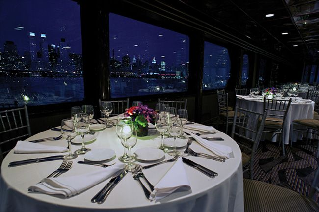 6-of-the-best-new-york-wedding-locations-for-every-budget-Bateaux
