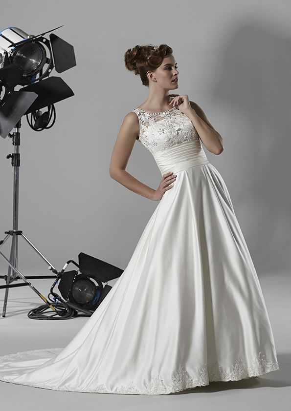 6 Wedding Dresses With The Wow Factor From Romantica Of Devon