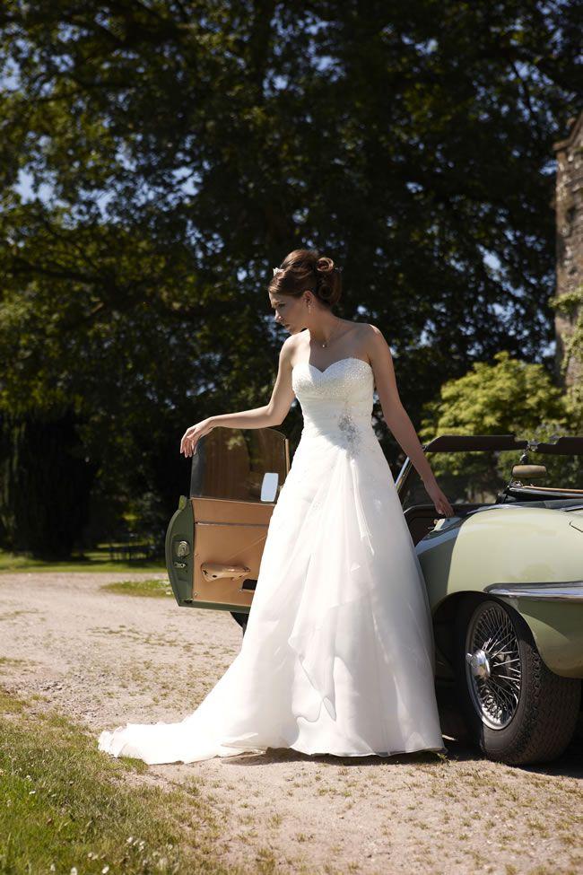 6-of-the-best-romantica-of-devon-gowns-hayden