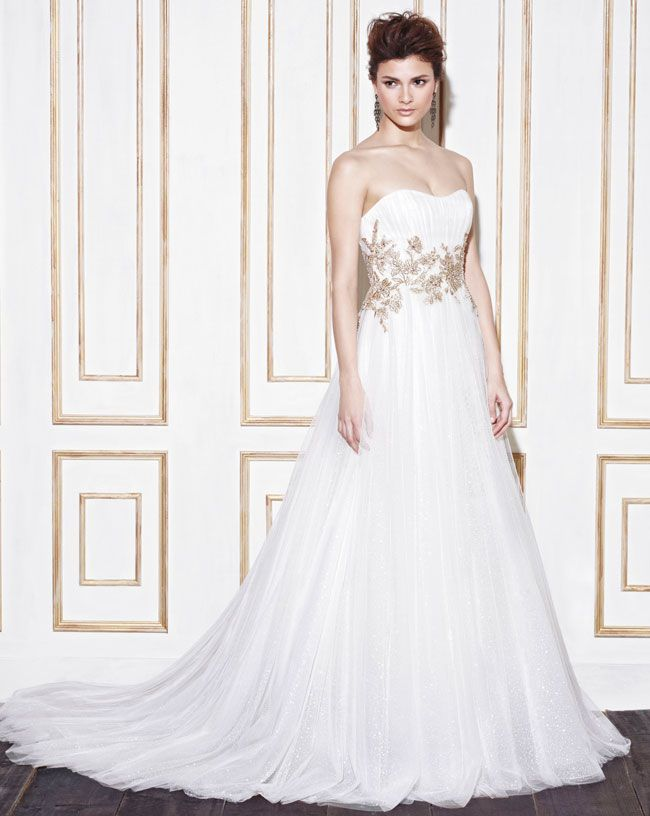 6-super-romantic-wedding-dresses-your-h2b-will-love-guaranteed-Gabes_Fro