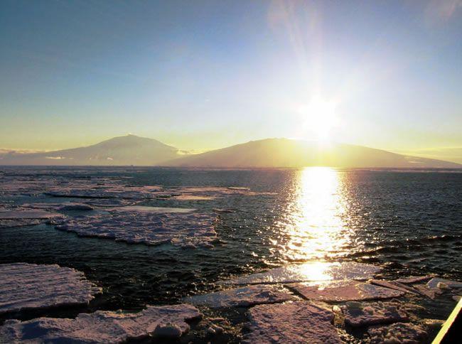 7-amazing-off-the-beaten-track-honeymoon-destinations-antarctic