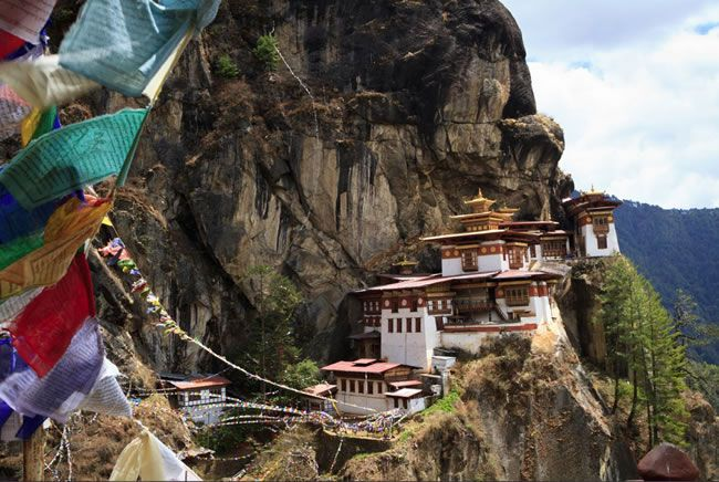 7-amazing-off-the-beaten-track-honeymoon-destinations-bhutan