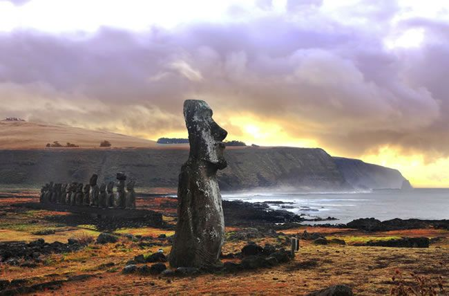 7-amazing-off-the-beaten-track-honeymoon-destinations-easter-island
