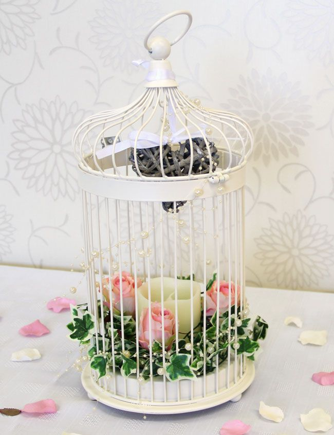 7-brilliant-budget-buys-for-a-vintage-wedding-theme-Photo-5-(Birdcage)