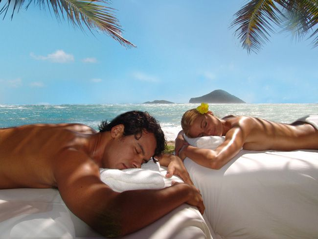 7-honeymoon-activities-your-guests-can-pay-for-massage