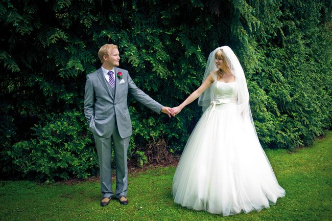 8-essential-wedding-saving-tips-every-bride-and-groom-should-read-jakemorley.co.uk