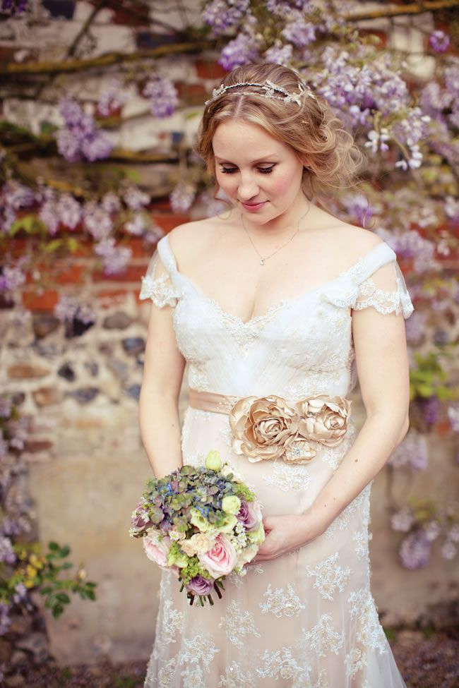 8-of-the-best-real-life-bridal-accessories-lolarosephotography.com