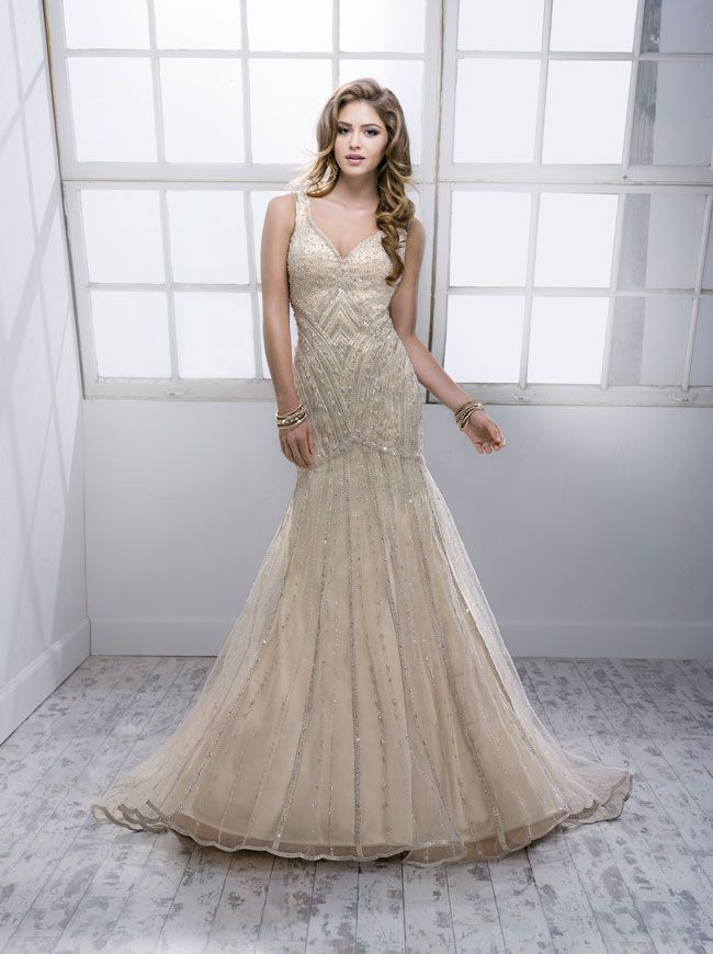 9-knockout-wedding-dresses-for-2014-from-sottero-and-midgley-Braxton-4SK816_Front