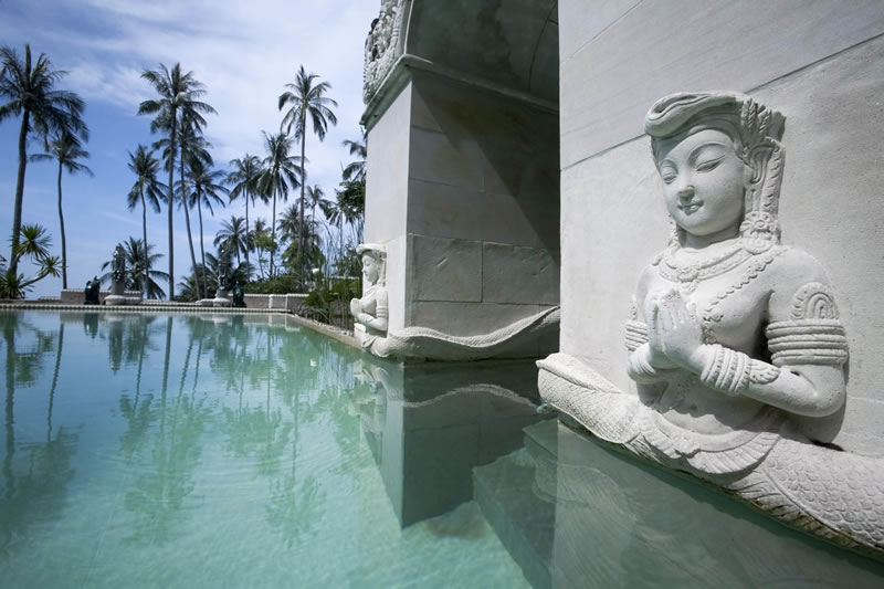 active-honeymoon-Kamalaya-lap-pool-2